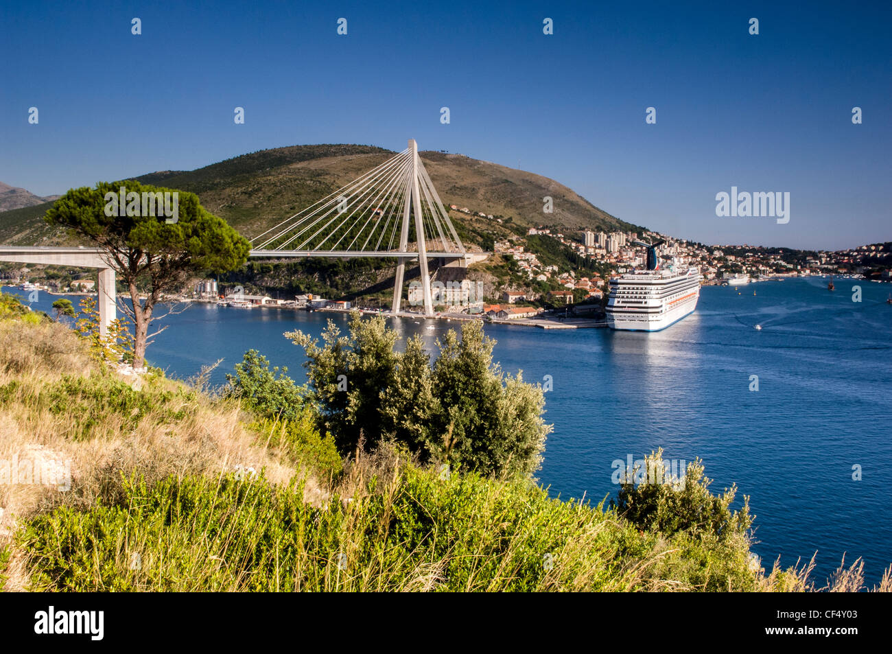 Harbour with large cruise liner in Dubrovnik, Croatia - Stock Image