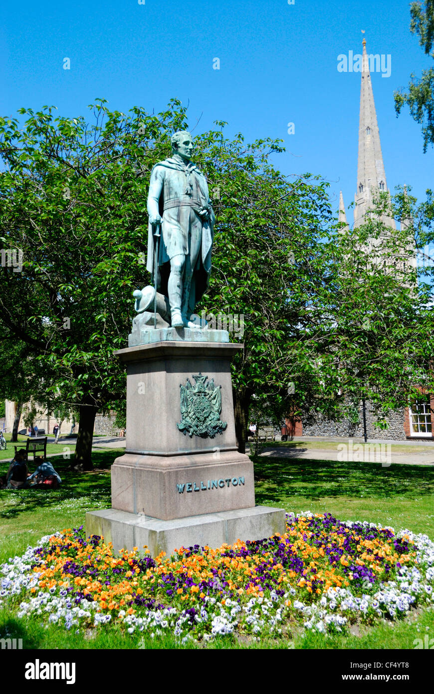 Bronze statue of the Duke of Wellington in Cathedral Close. - Stock Image
