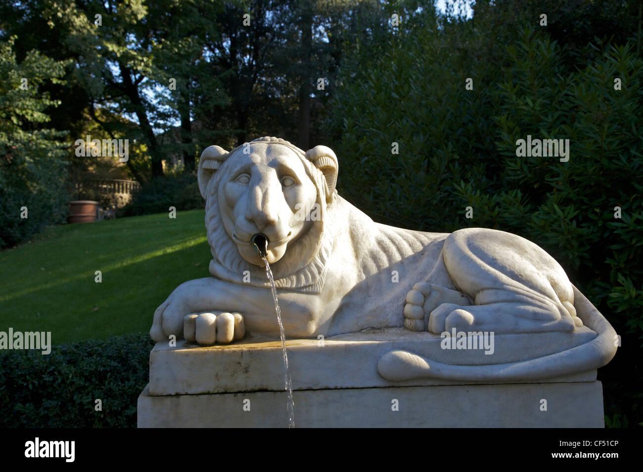 Lions Fountain Florence.Lion Fountain Villa Bardini Boboli Gardens Florence