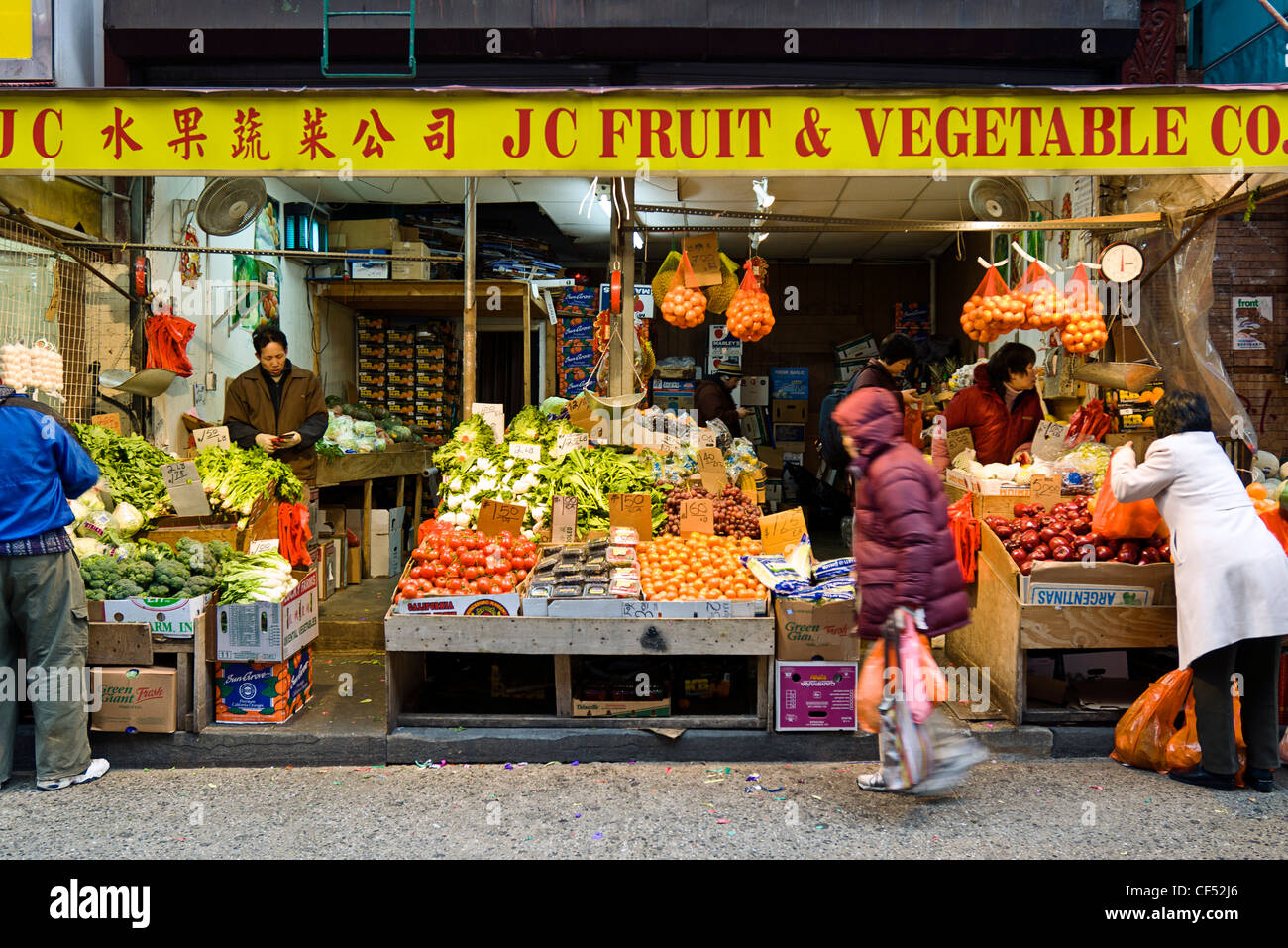 Outdoor Market On Mott Street Chinatown New York City Stock Photo Alamy