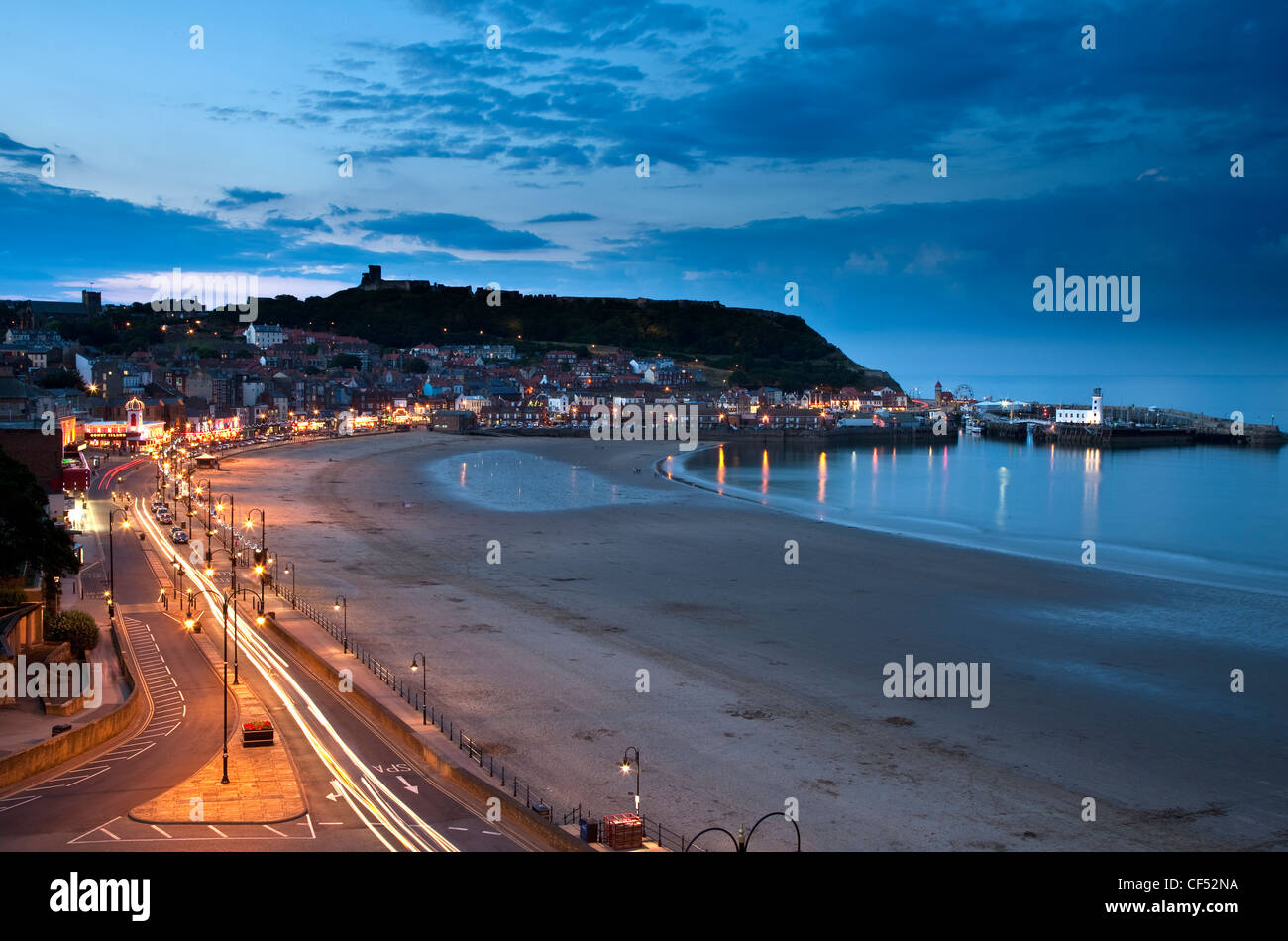 South Bay in Scarborough at dusk. - Stock Image