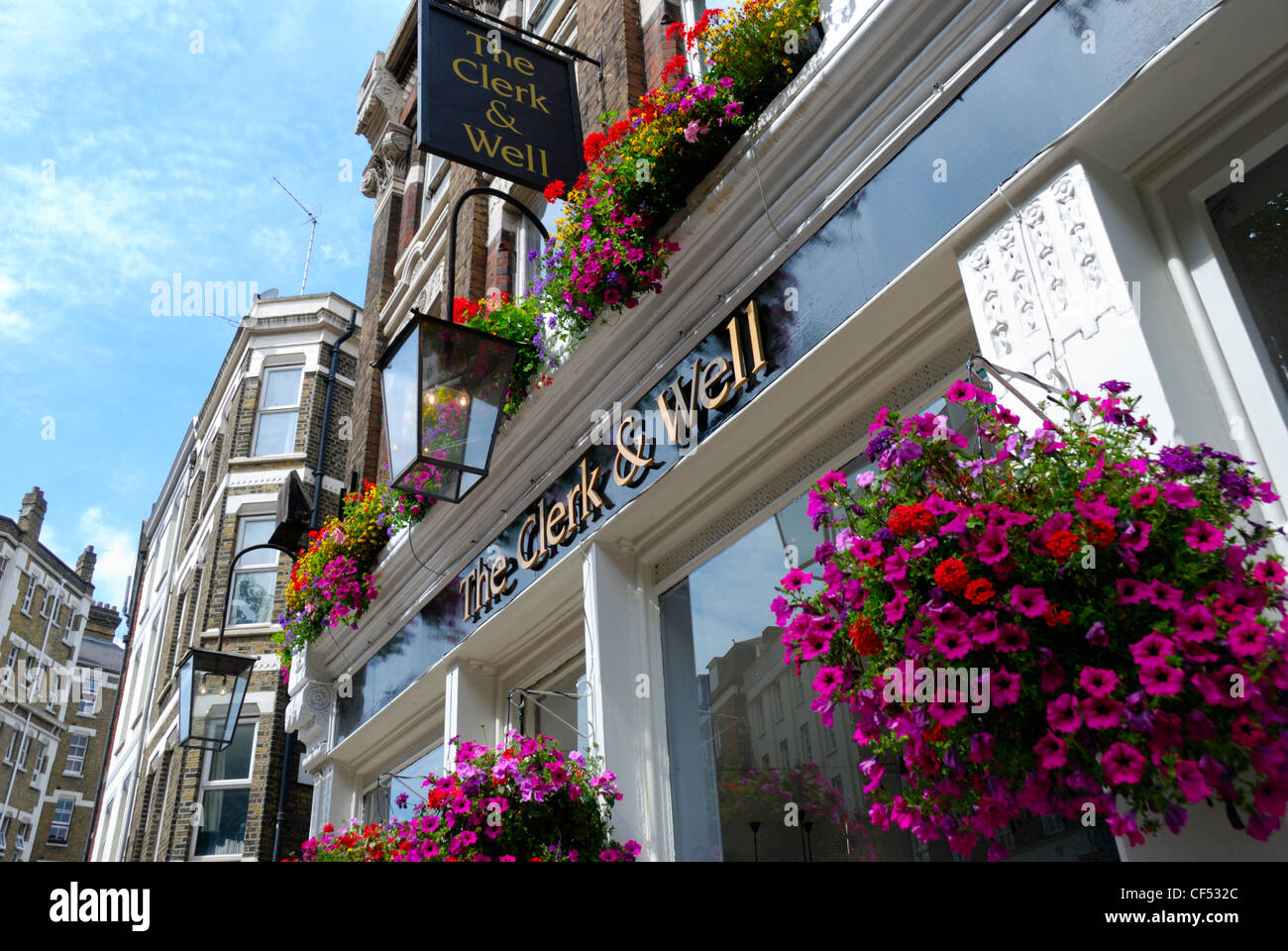 The Clerk & Well public house in Clerkenwell Road. - Stock Image