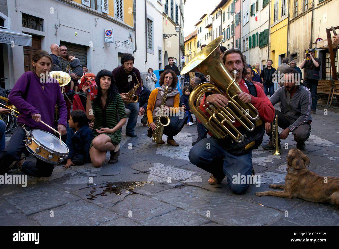 Fiati Sprecati, popular street band, perform in streets of Florence, Tuscany, Italy, Europe - Stock Image
