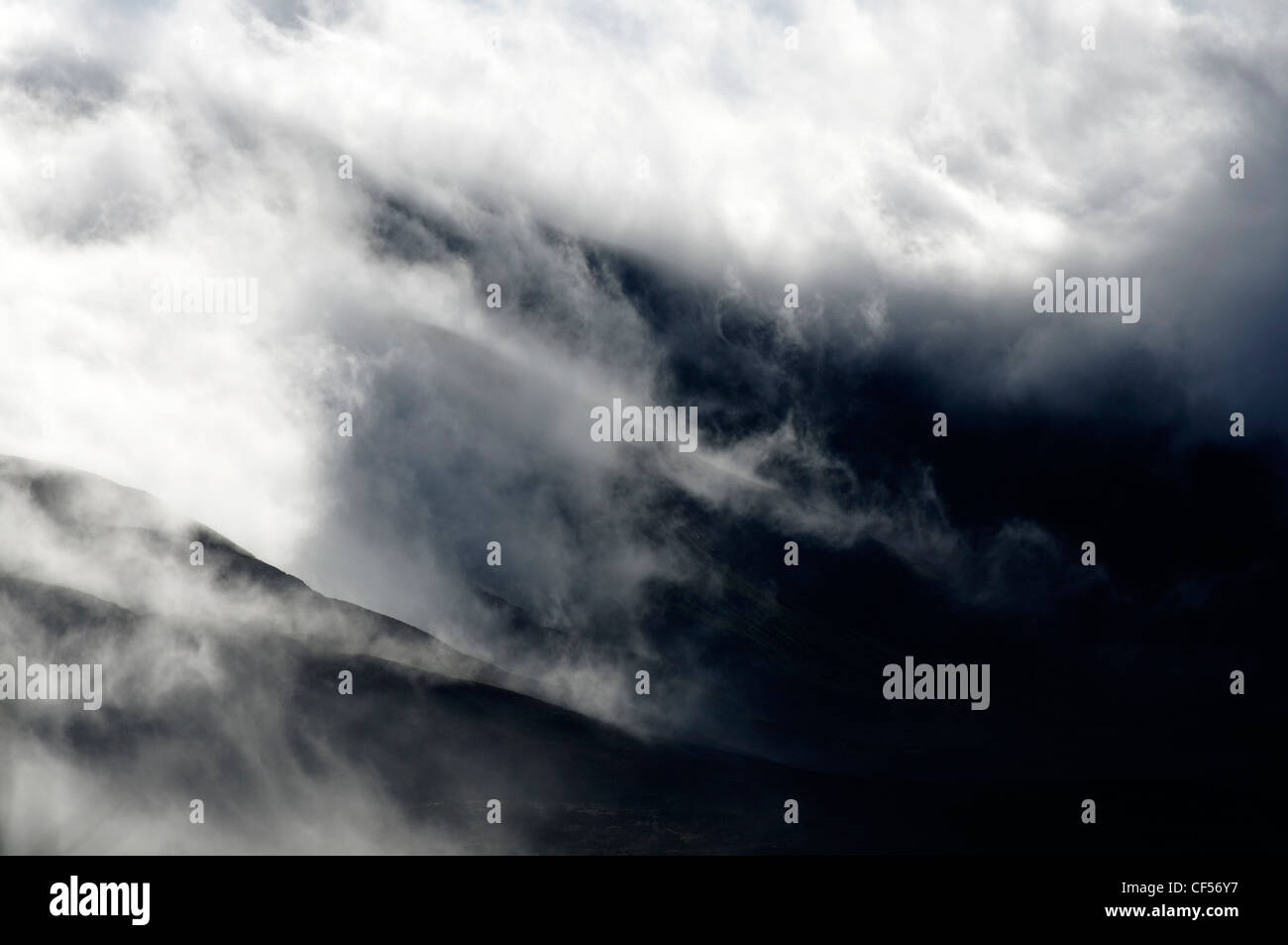 Clouds and ridges in Snowdonia Stock Photo