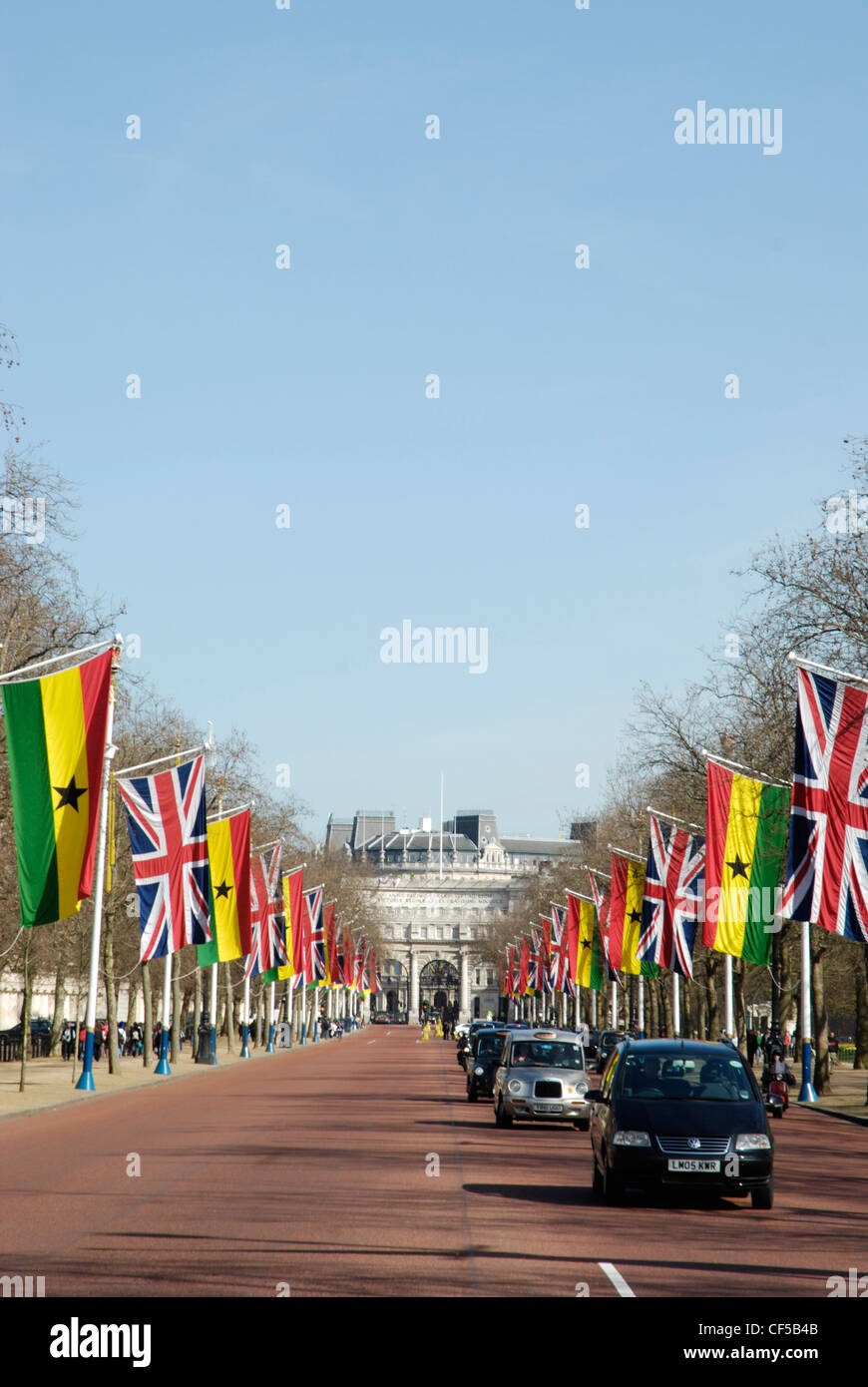The Mall lined with Union Jack and European Union flags. - Stock Image