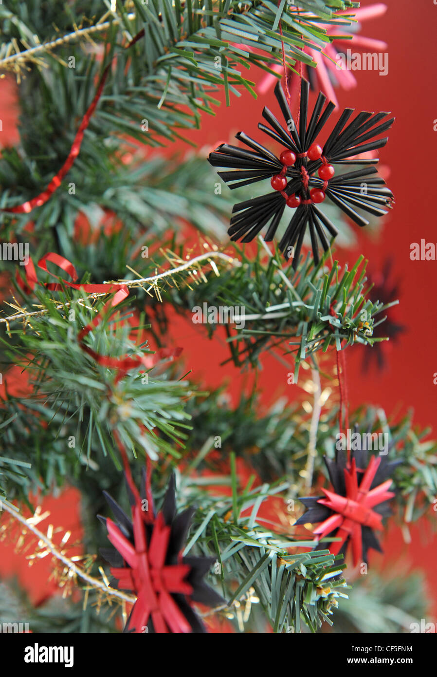 Black And Red Christmas Snowflake Shaped Tree Decorations Hanging