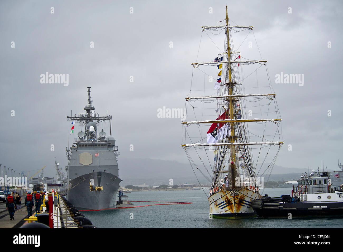The Indonesian Navy tall ship, KRI Dewaruci arrives at Joint Base Pearl Harbor-Hickam, Hawaii on Feb. 29, 2012, - Stock Image