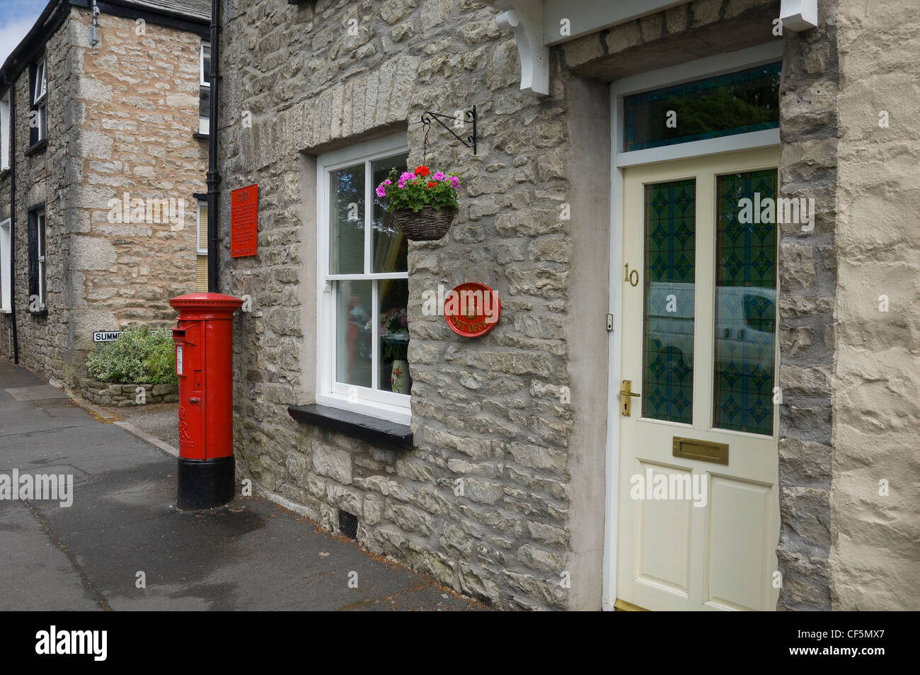 the old beast bank post office in kendal where john. Black Bedroom Furniture Sets. Home Design Ideas