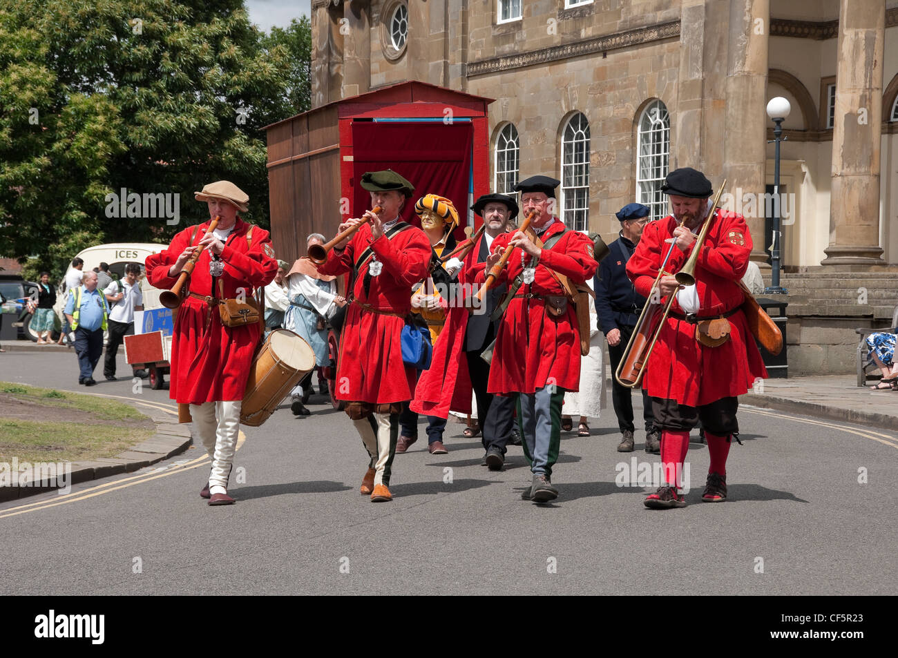 York Waits performing at the York Mystery Plays, a Middle English cycle of forty-eight mystery plays, or pageants, - Stock Image