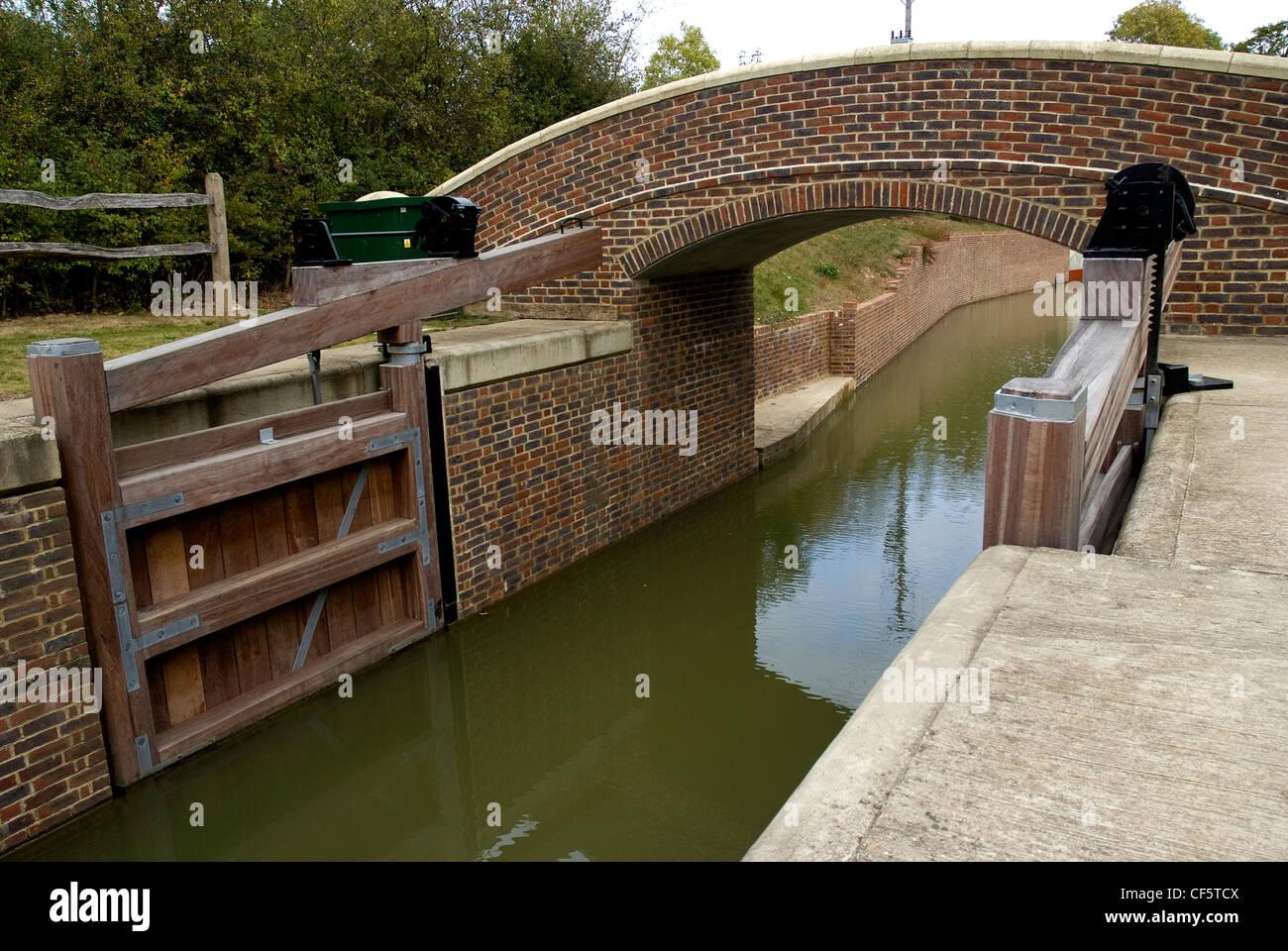 Lock On Wey Arun Canal Stock Photos & Lock On Wey Arun Canal Stock