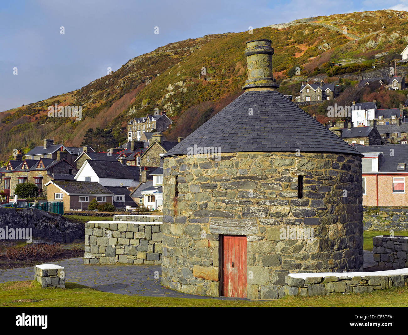 Ty Crwn ('Round House'), built in 1834 as a lock-up to detain offenders as they waited to be transferred - Stock Image