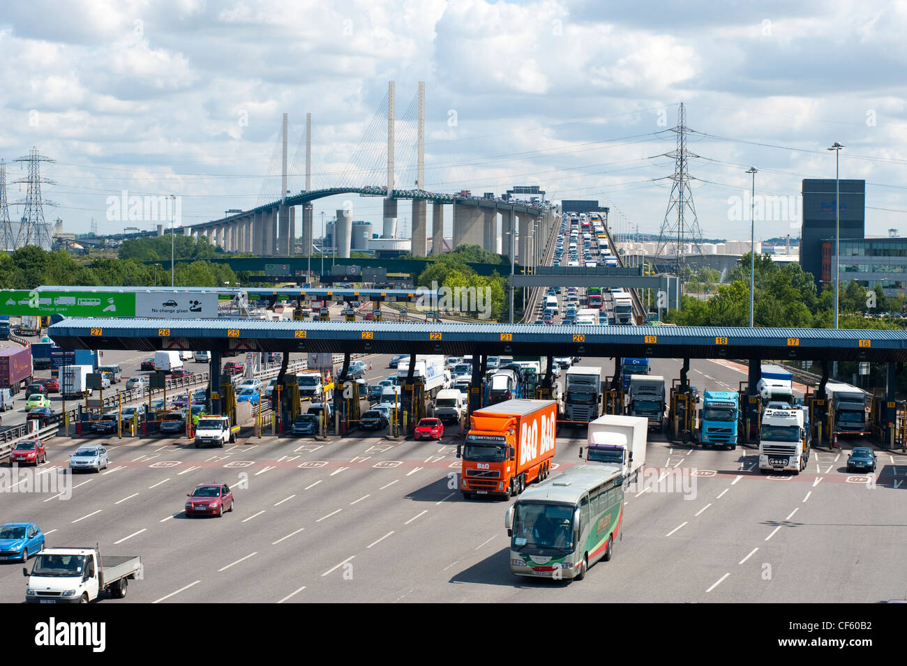 Traffic flowing over the QE2 Bridge (Dartford River Crossing) into Kent from Essex. - Stock Image