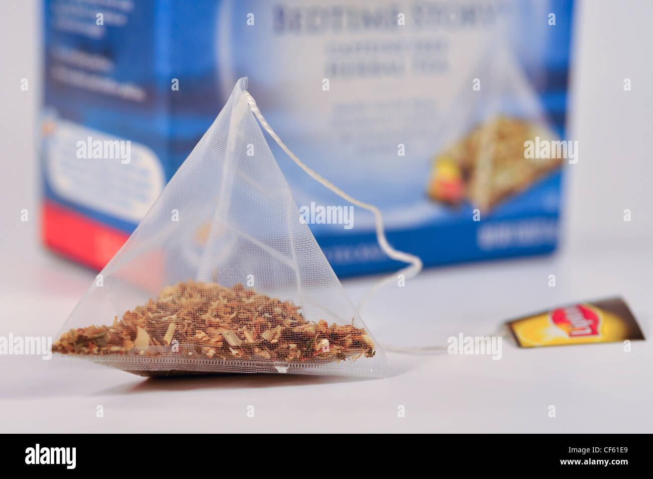 Lipton Teas Stock Photos Images Alamy Pyramid English Breakfast 25s Tea Package Image