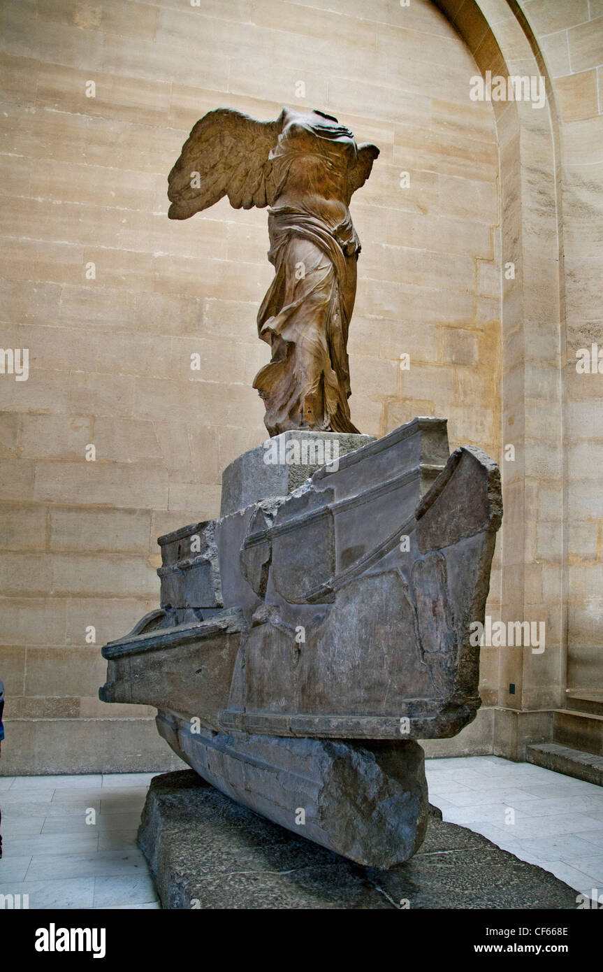 nike of samothrace winged victory 190 bc greek greece hellenistic