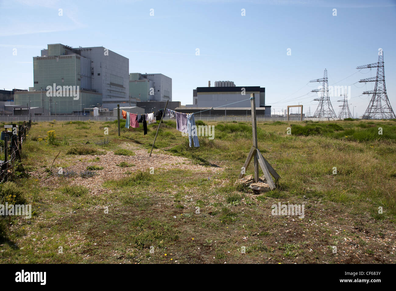 Washing line in front of Dungeness Power Station. The New York Times ...