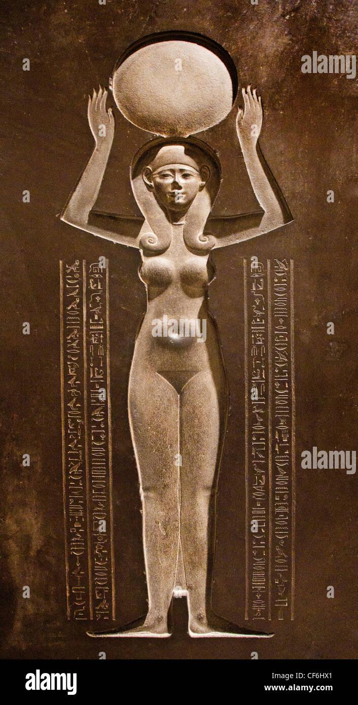 The Goddess Nut Raising the Sun lid of the Djedhor sarcophagus 378 - 341 BC  Egyptian  Egypt - Stock Image