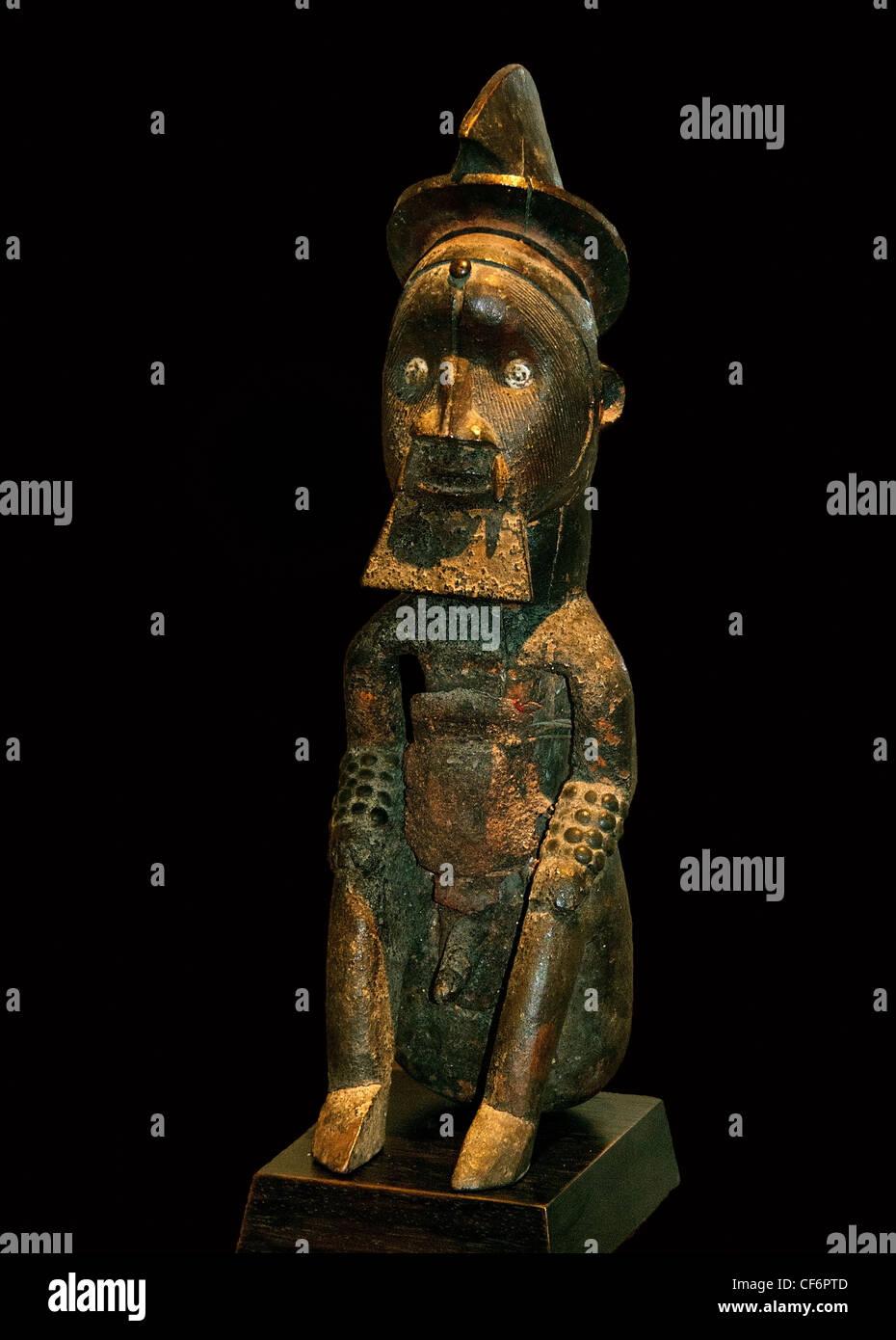 Teke Reliquary Guardian Figure 19 century Gabon Republic of Congo Africa - Stock Image