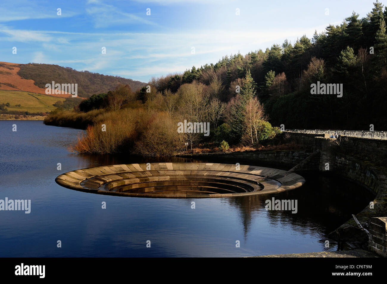 overflow plug hole on the ladybower dam derwent valley derbyshire england uk - Stock Image