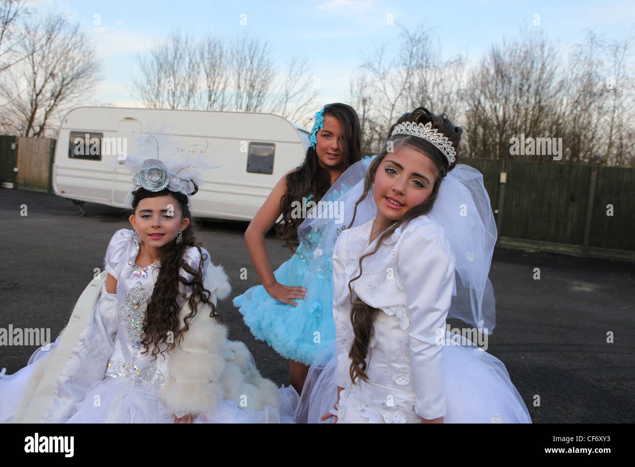 Irish Travellers Girls on a Gypsy site in St Albans, dressed in Holy ...
