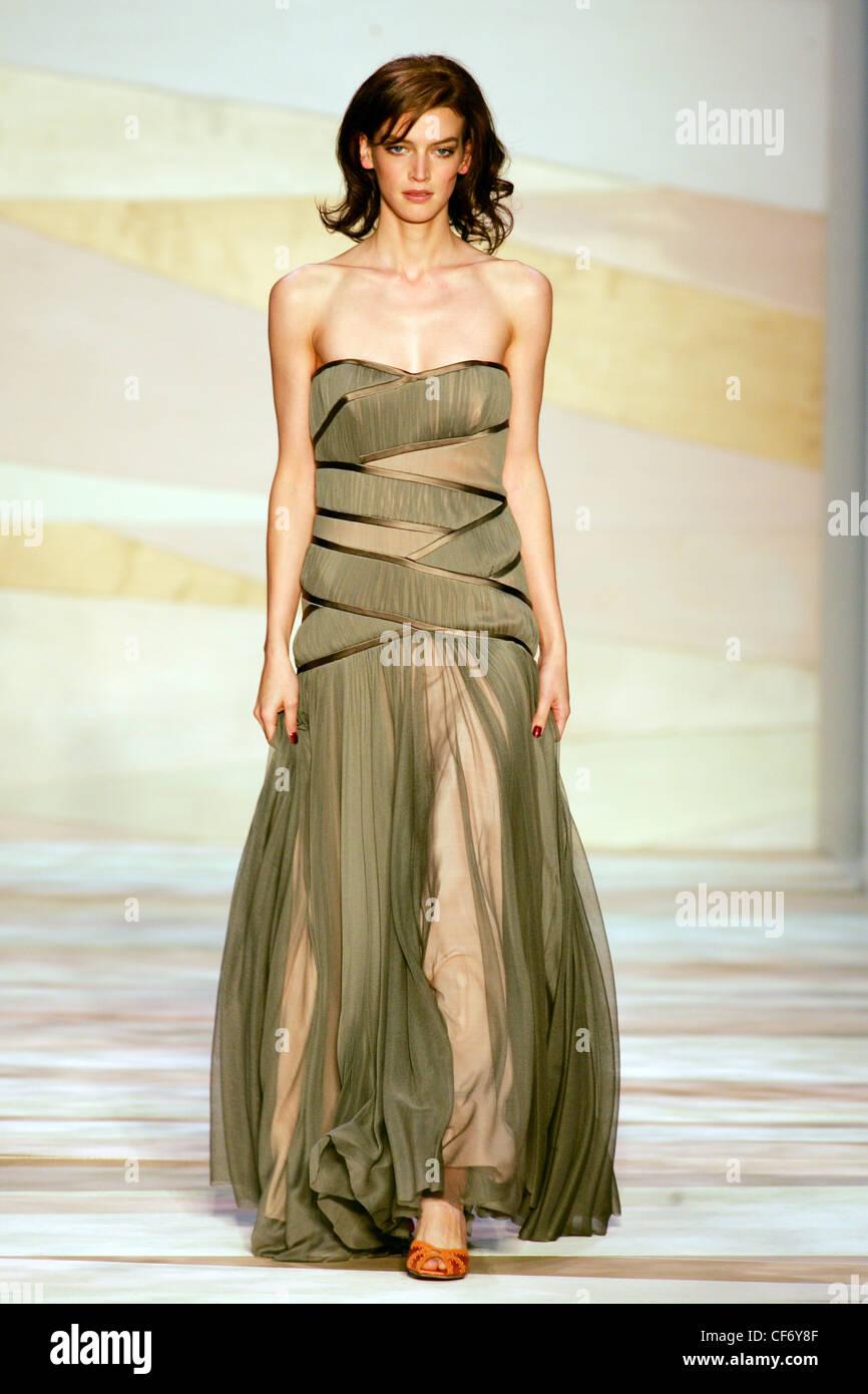 Greek Goddess Gown Stock Photos & Greek Goddess Gown Stock Images ...