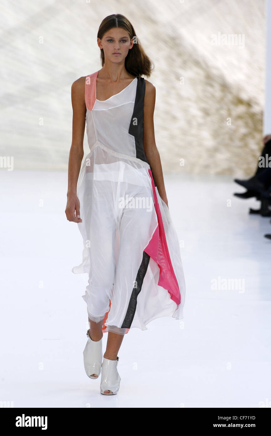 26a863ce1072 Chloe Paris Ready to Wear Spring Summer Transparent plain white jumpsuit  black and pink trimming