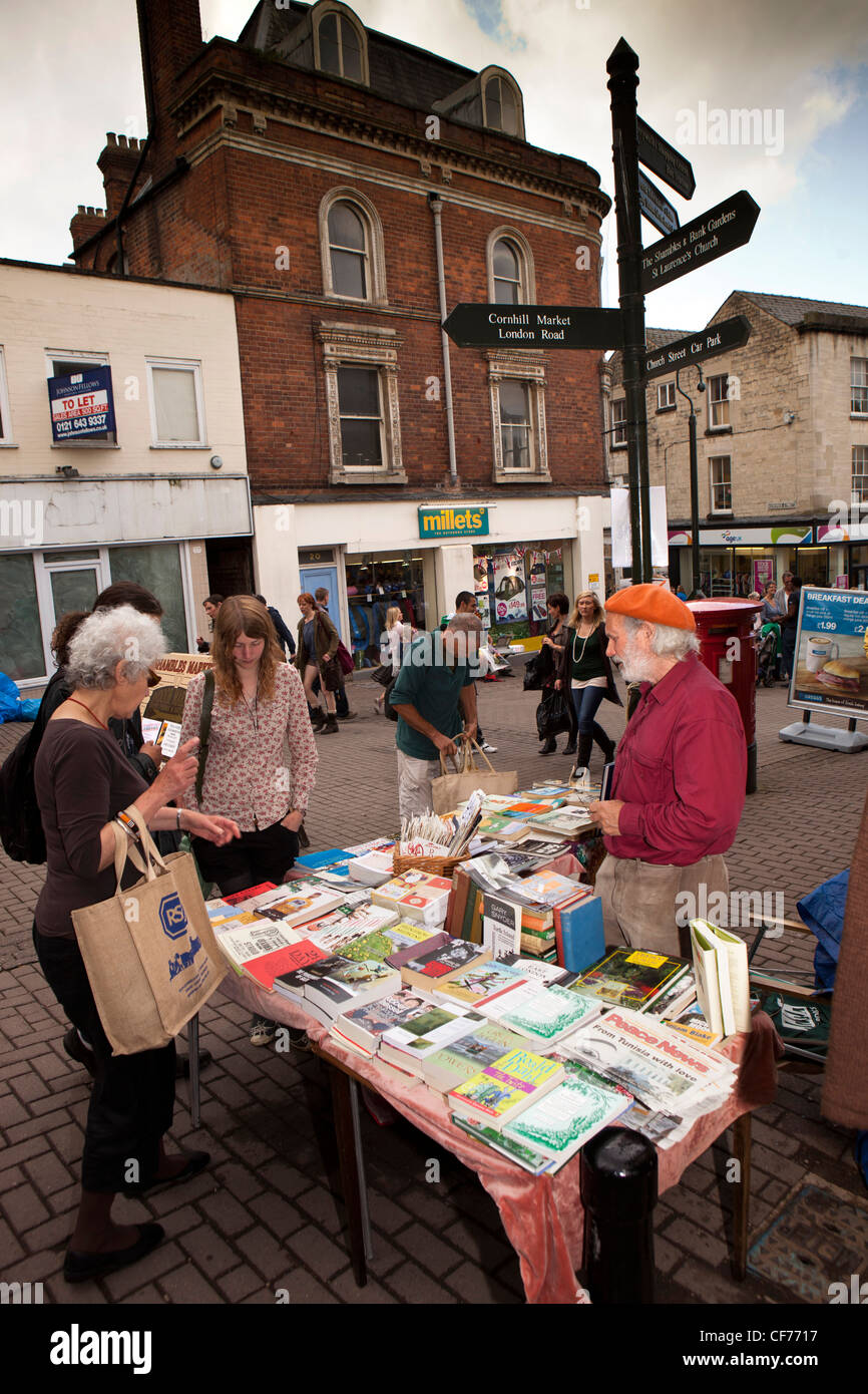 UK, Gloucestershire, Stroud, The Shambles weekly market, anarchist libertarian book stall - Stock Image