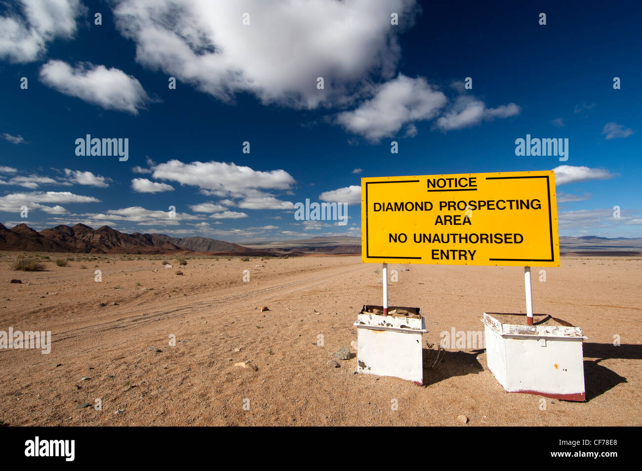 Prohibition sign at the entrance to a diamond prospecting area, Richtersveld National Park, Northern Cape Province, - Stock Image
