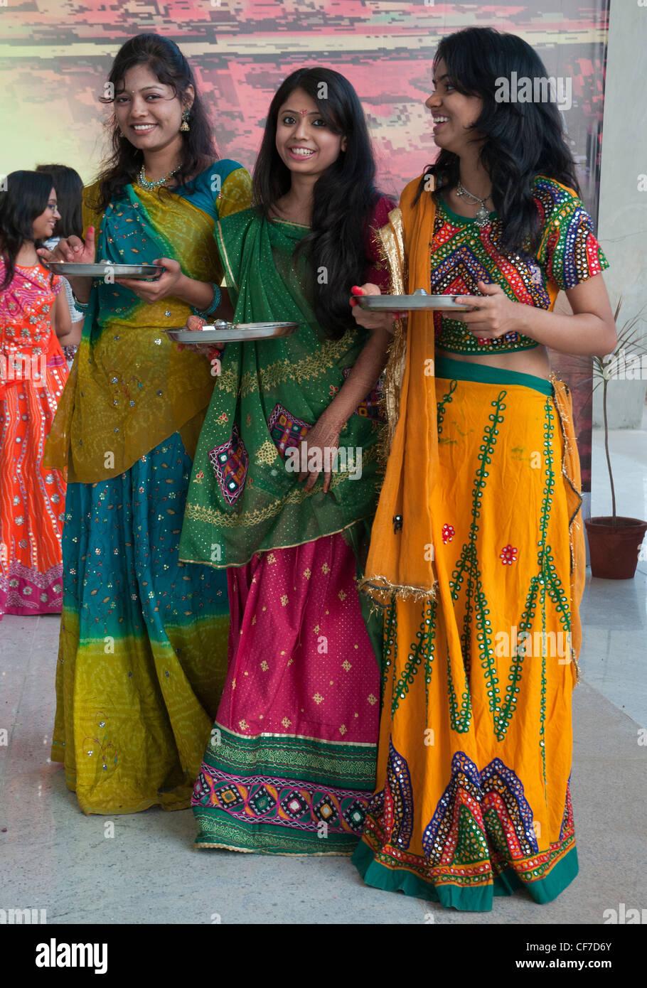 Gujarati women picture