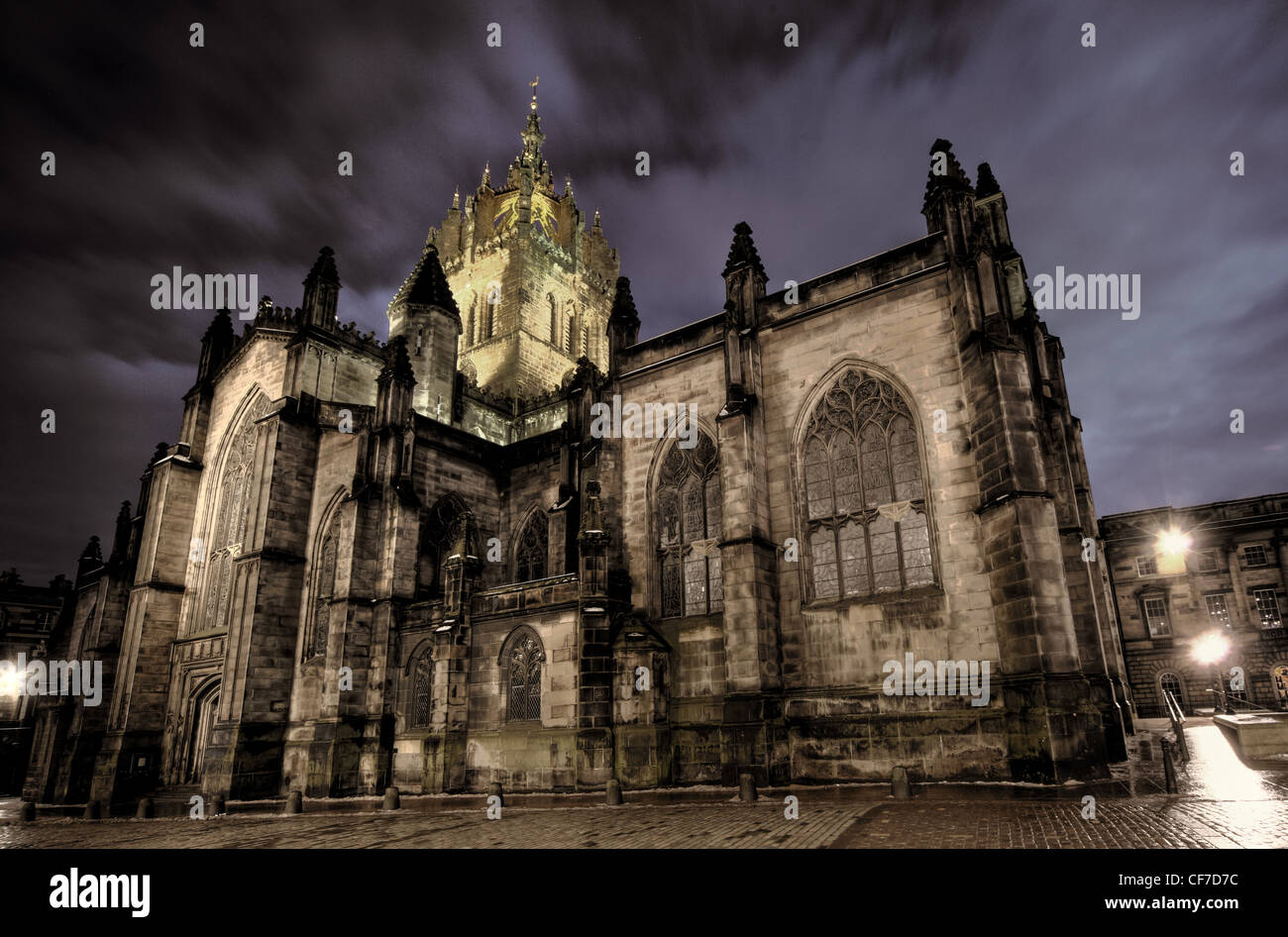 St saint Giles Cathedral High Kirk of Edinburgh at dusk, Scotland  @HotpixUK - Stock Image