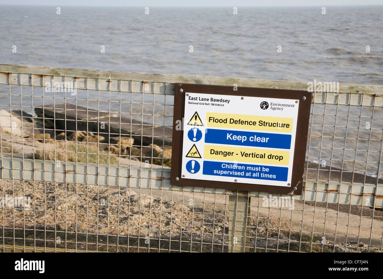 Flood Defence Environment Agency Keep Out sign, East Lane, Bawdsey, Suffolk, England - Stock Image