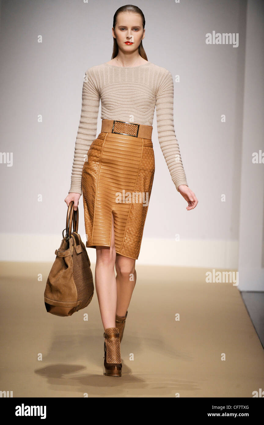 9e17683a5f Brown Leather Pencil Skirts
