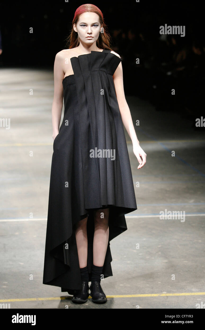 Yohji Yamamoto Paris Ready To Wear Autumn Winter All Black