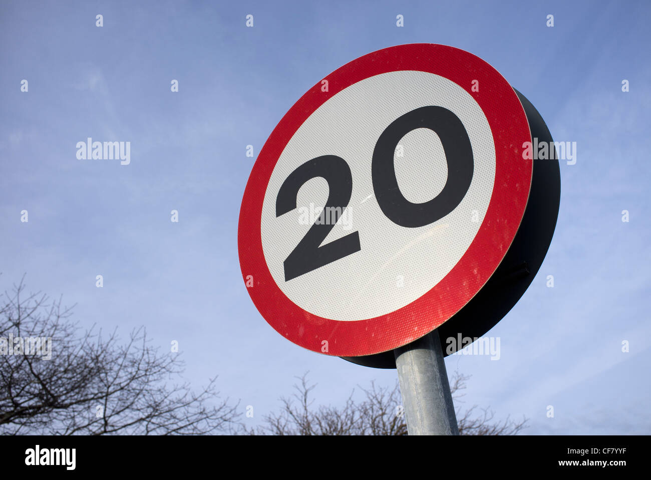 20 miles per hour speed limit road sign Stock Photo: 43816179 - Alamy