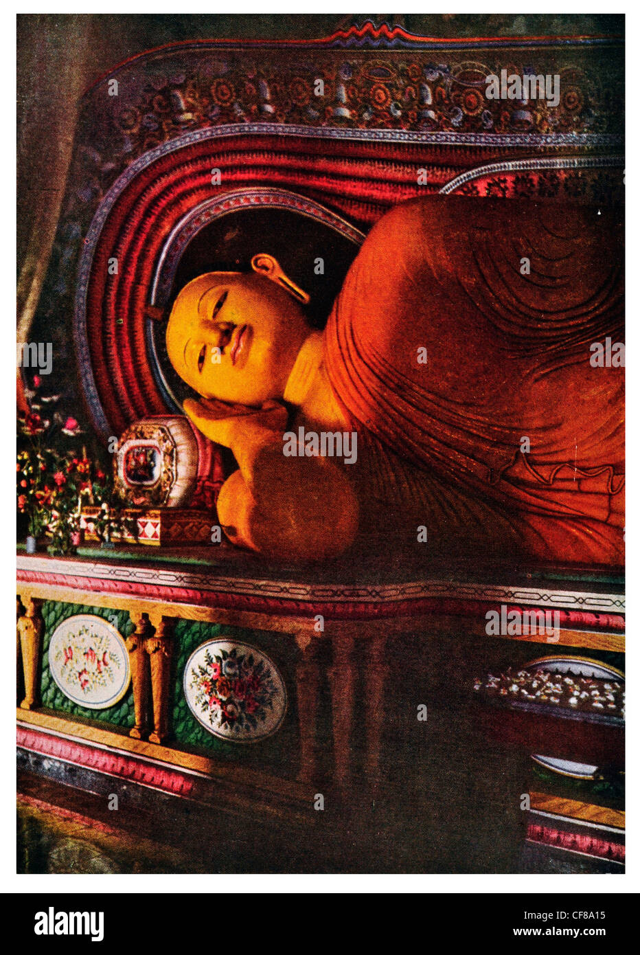 1926 Nirvana reclining Buddha Sri Lanka Ceylon Stock Photo