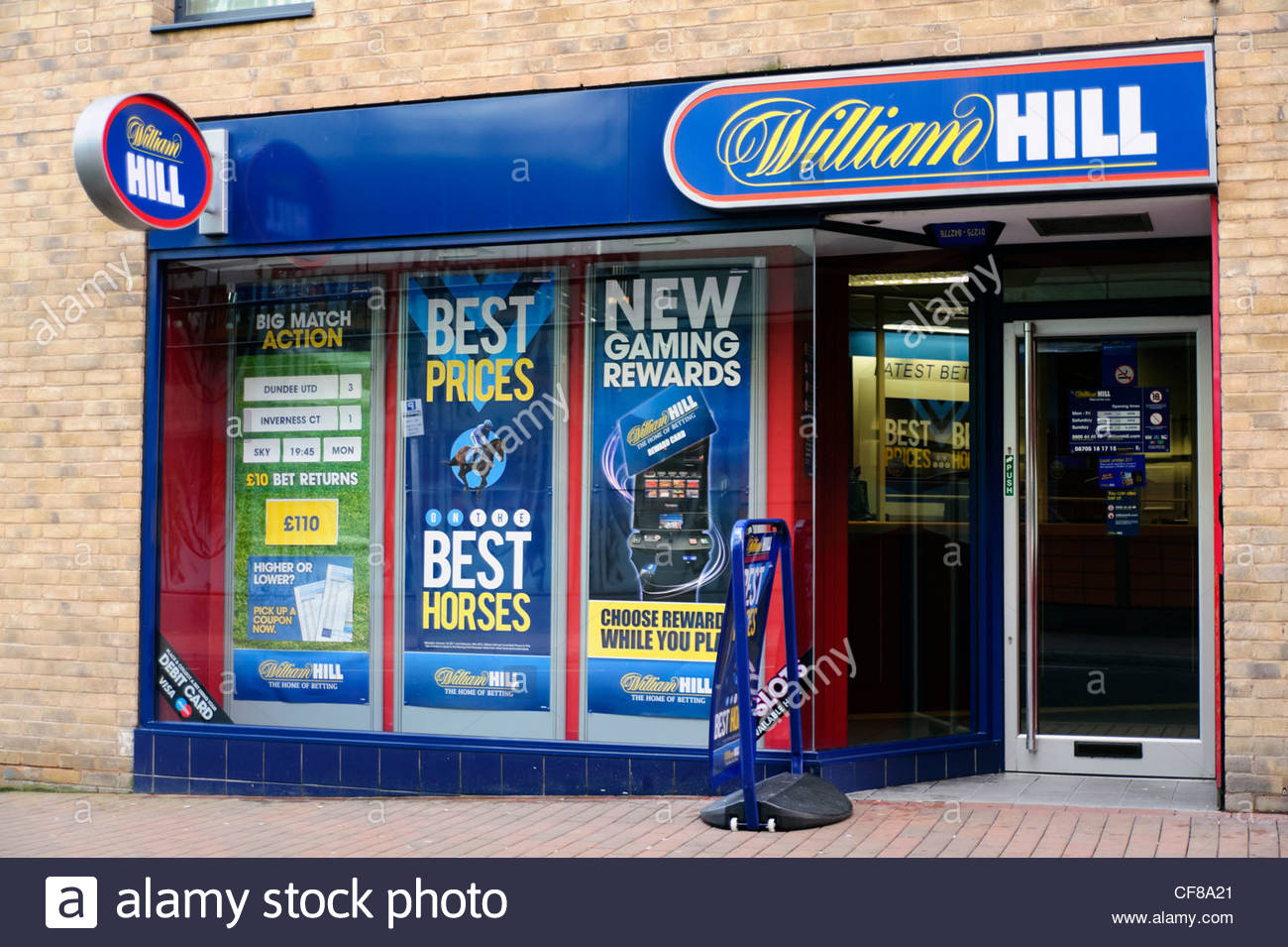 William Hill bookies shop Birmingham, UK. - Stock Image