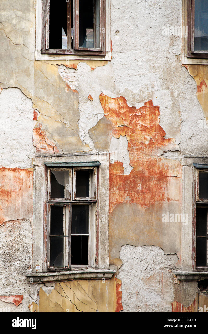 a residential house in the city is in need of repair. old houses in bratislava, slovakia - Stock Image