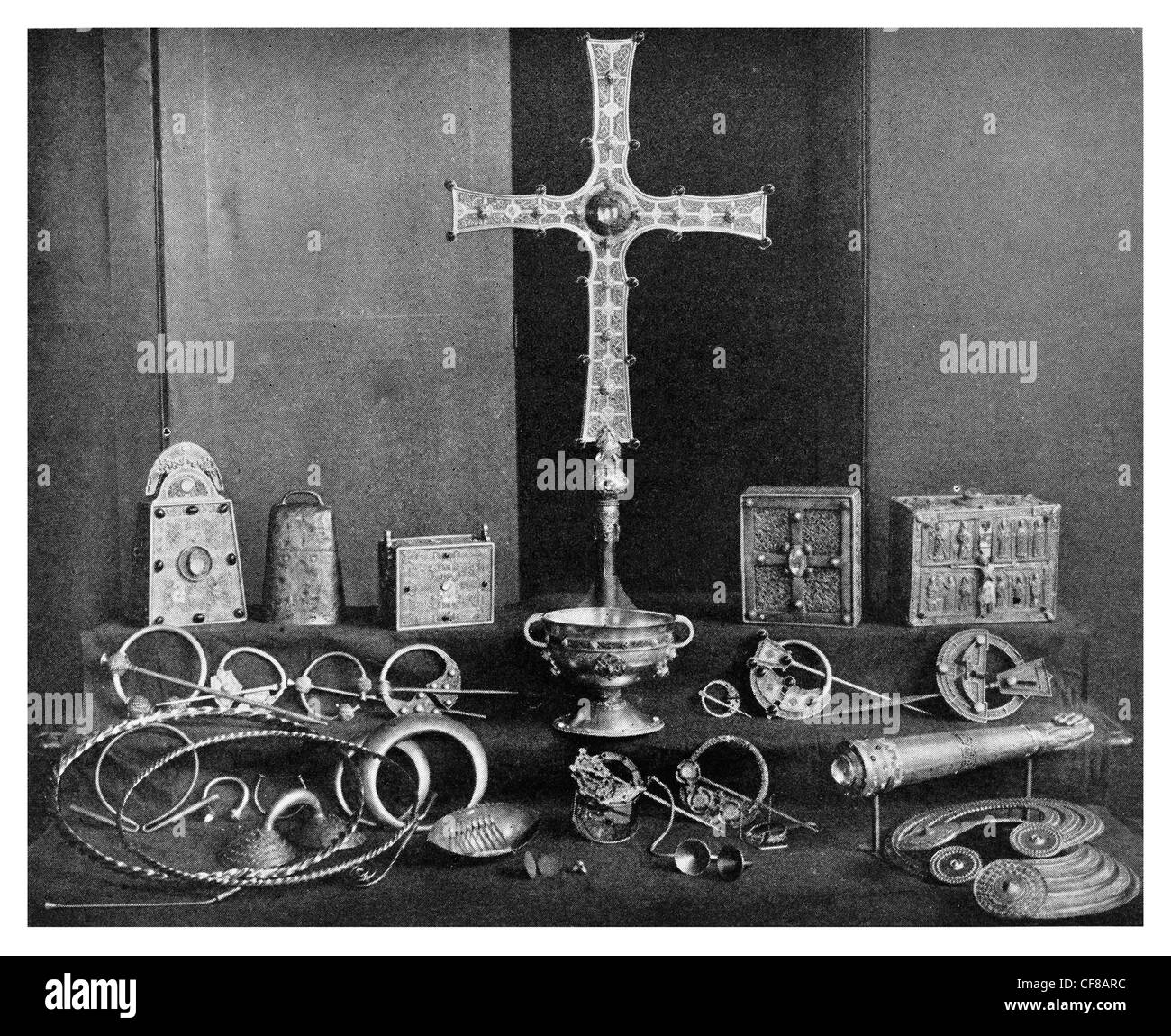 1927 St Patricks bell Book Shrine of St Molaise Cross of Cong Domnach Airgid - Stock Image