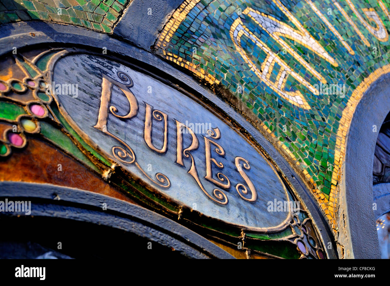 Barcelona, Spain. La Rambla. Antigua Casa Figueras / Escriba patisserie at No 83 - facade decoration (1902) - Stock Image