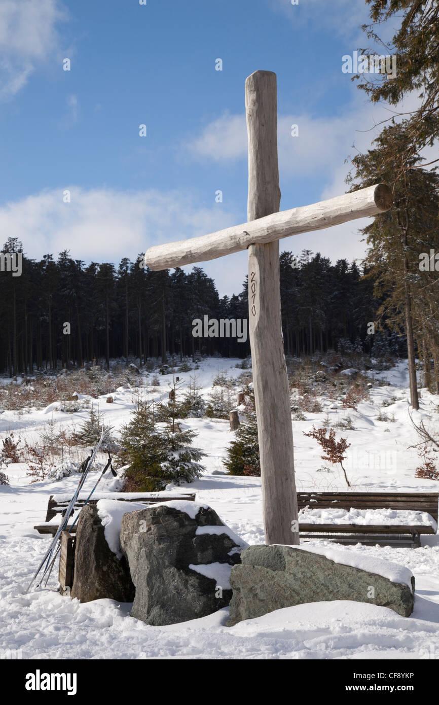 Cross at the picnic area Große Grube, 800m, Mountain Ettelsberg, Willingen, Upland, Hochsauerland, Hesse, Germany, - Stock Image