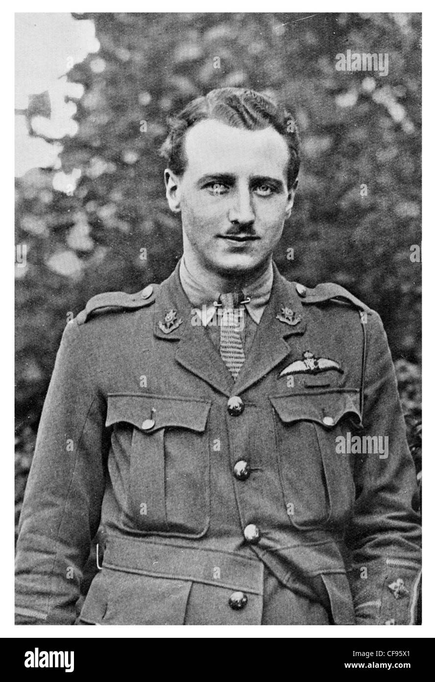 Lieutenant William Leefe Robinson VC first British pilot to shoot down a German airship over Britain during the - Stock Image