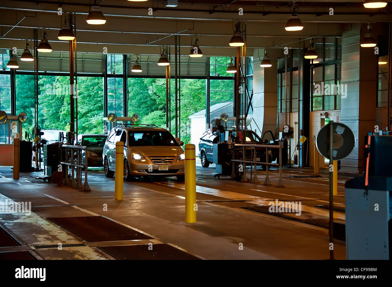 State Auto Inspection Station New Jersey Usa Stock Photo 43845528