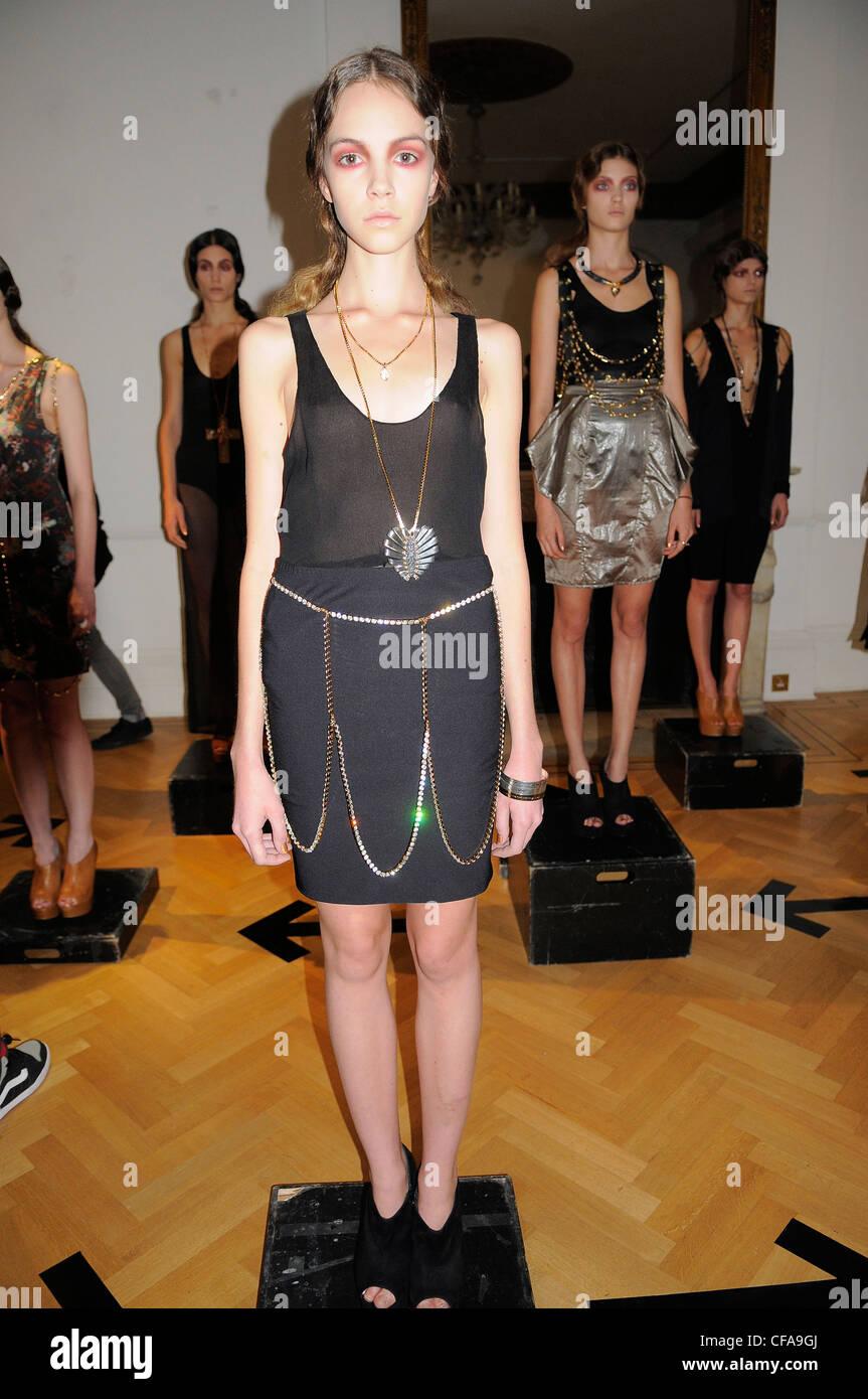 Maria Francesca Pepe London Ready to Wear Spring Summer 2011 Stock Photo -  Alamy