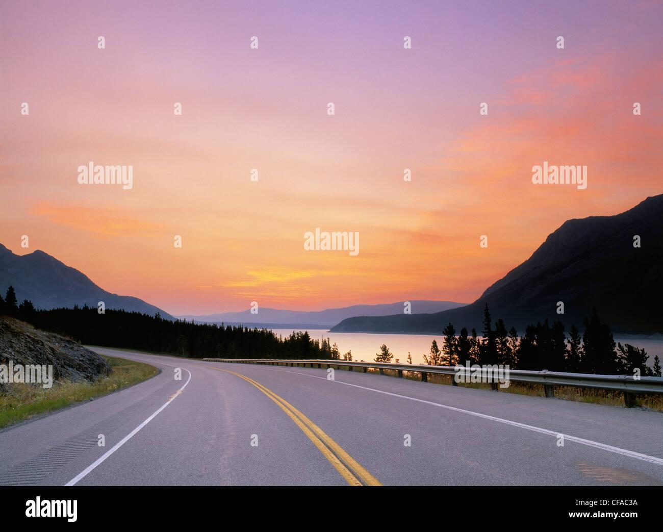 Highway 11 near Lake Abraham, Alberta, Canada. - Stock Image