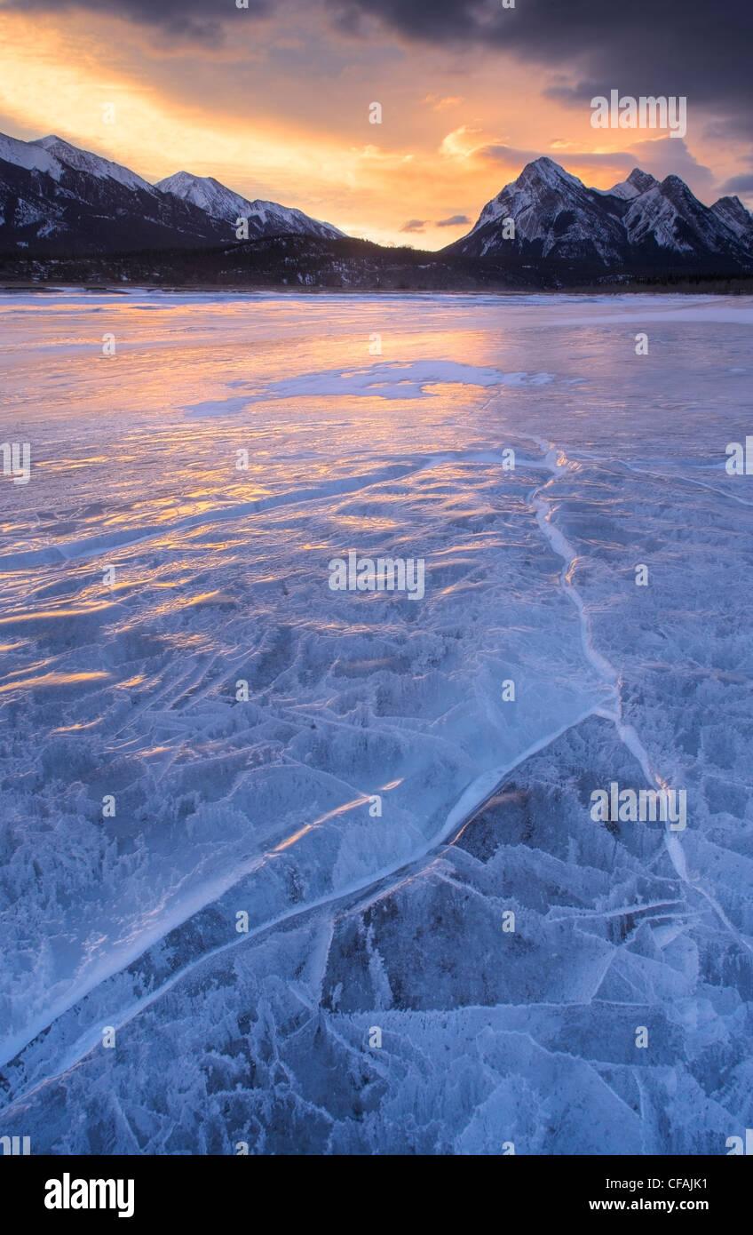 Lake Abraham at Preacher's Point, Kootenay Plains, Alberta, Canada. - Stock Image