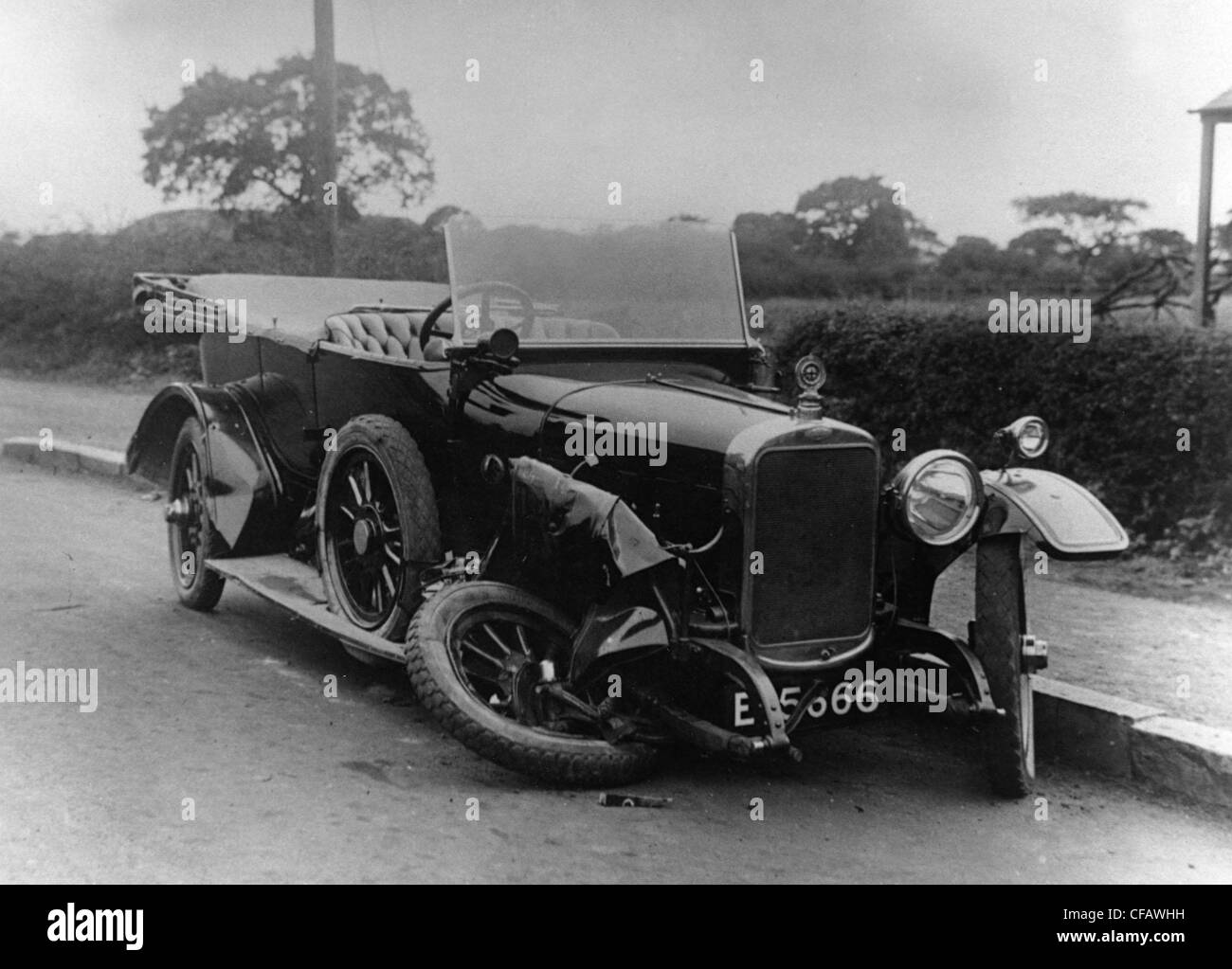 1920s Car Accident Stock Photos & 1920s Car Accident Stock Images ...