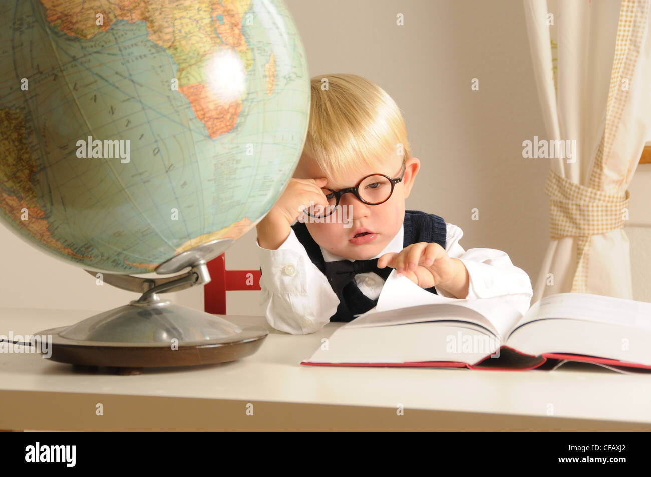 intelligent, child, education, highly gifted, further education, school, kindergarten, talent, IQ, genius, support, - Stock Image