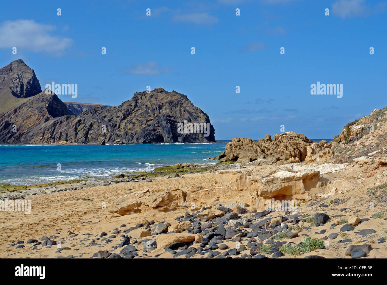 Europe, Portugal, Porto Santo, Ponta da Calheta, Ilheu de Baixo, Ilheu da cal, waves, mountains, rocks, cliffs, - Stock Image