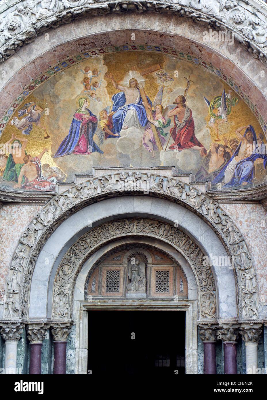 Venice - main portal of Basilica San Marco Stock Photo: 43898587 - Alamy