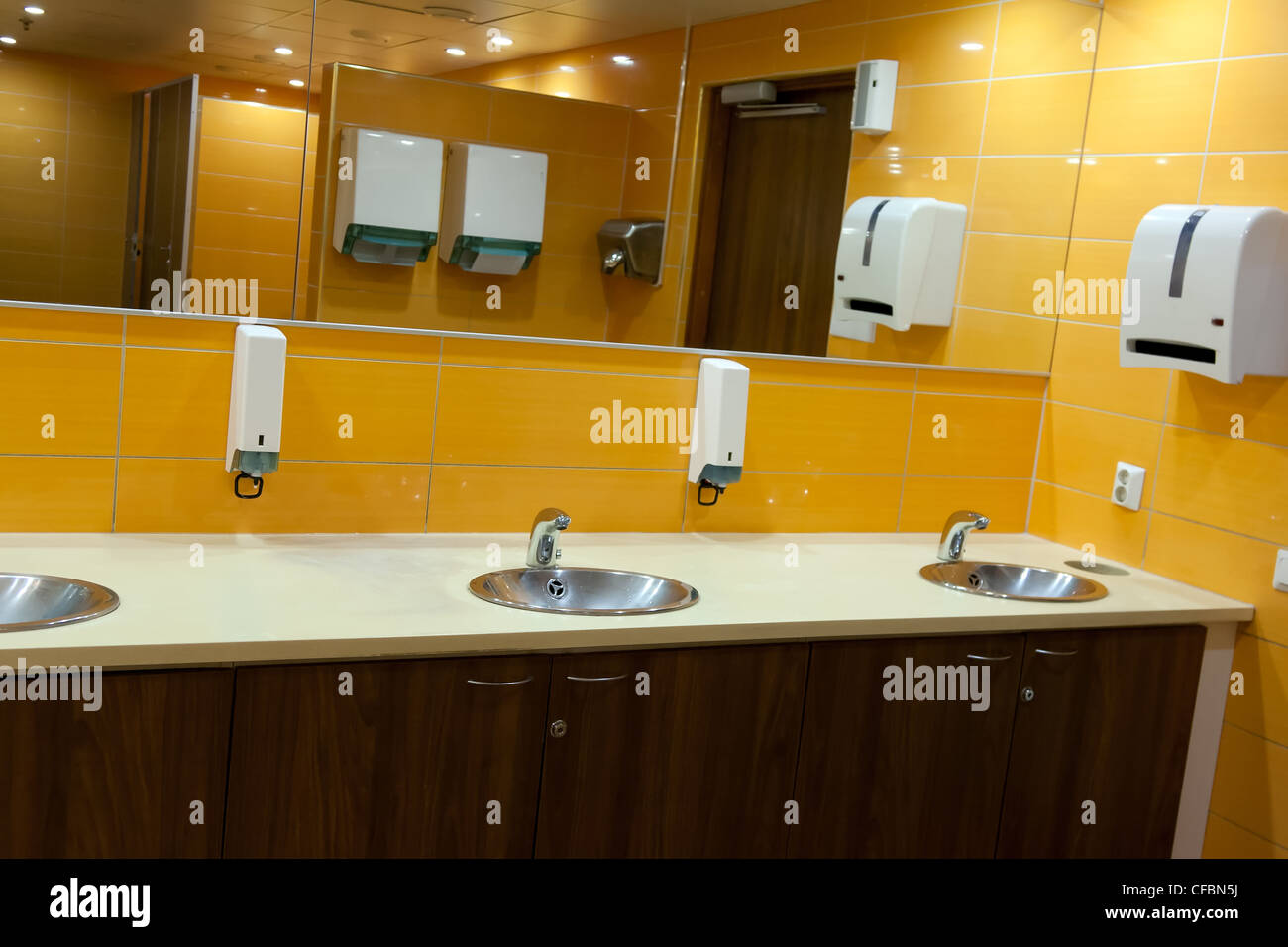 Toilet Bowl Walls Lavatory Bathroom Public Wc Stock Photos & Toilet ...