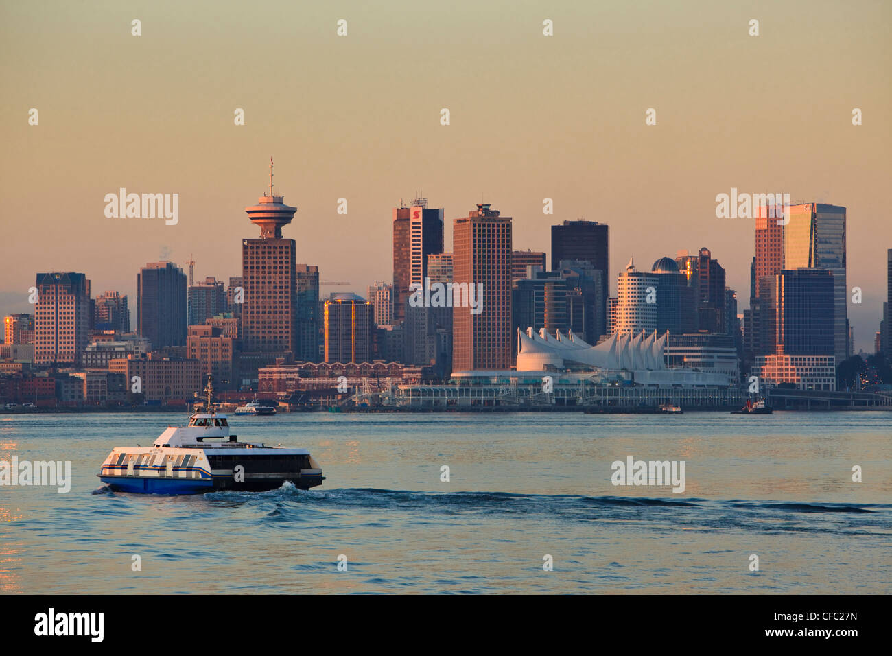 The Seabus departs Lonsdale Quay linking the downtown of Vancouver with North Vancouver, British Columbia Canada. - Stock Image